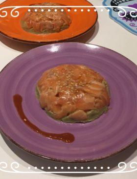 Antipasto di Natale: Tartare salmone e avocado