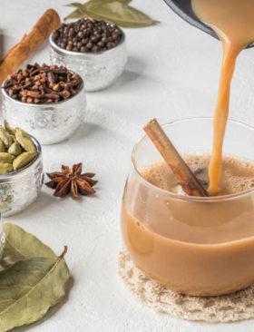 Chai latte alla zucca la bevanda autunnale perfetta