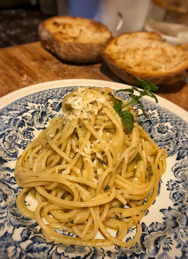 spaghetti ajo ojo e peperoncino