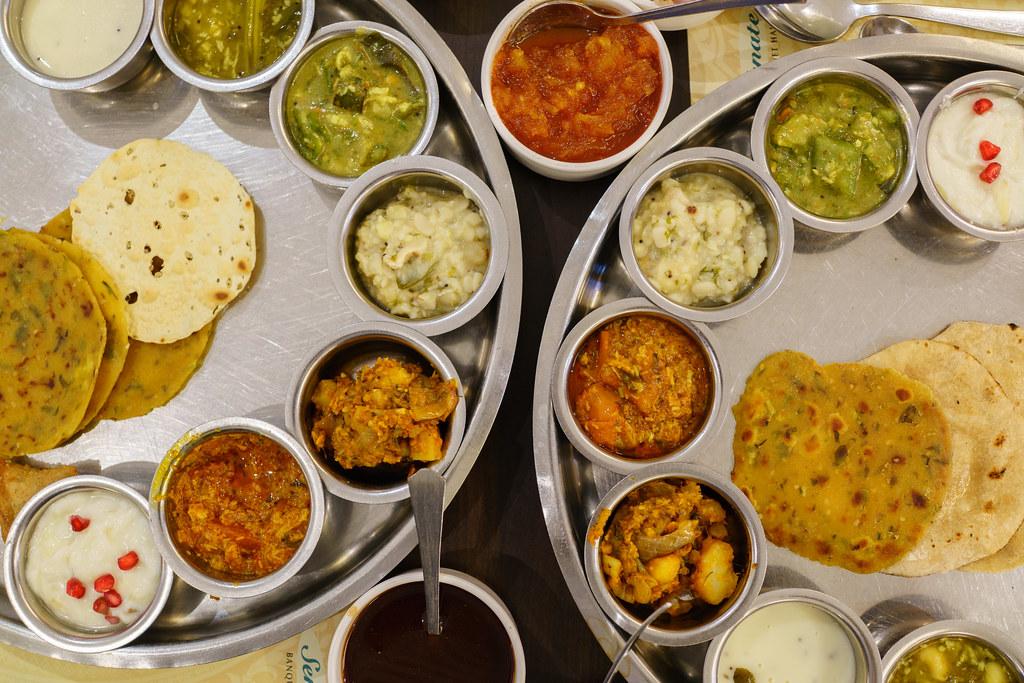 piatto tipico vegetariano del Gujarat